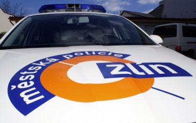 Občan Zlína přinesl vitamíny pro nemocné strážníky