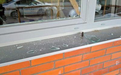 Pohotová svědkyně upozornila na zloděje v továrním areálu. Hlídkám MP Zlín neunikl