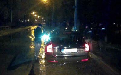 Pohřešovaný patnáctiletý se projížděl autem nočním Zlínem. Chtěl povozit svoji stejně starou kamarádku