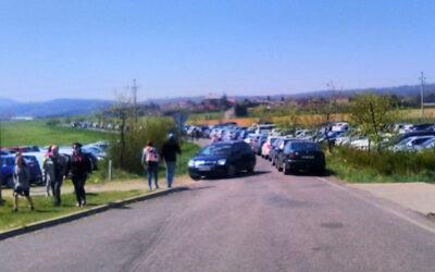 Velikonoční pondělí: Dopravní kolaps u zlínské ZOO